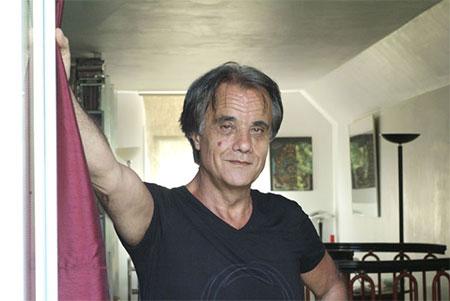 Michel Schneider vine în România