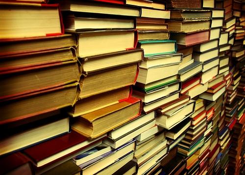 Top 10 cărţi din psihanaliză pe care ar trebui să le citim ca să nu vorbim complet aiurea şi pe lângă subiect