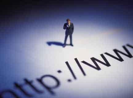 Imposibilitatea testarii realitatii, principalul pericol pe care il aduce internetul