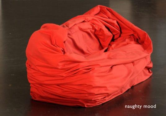 moody couch divan sentimente psihanaliza