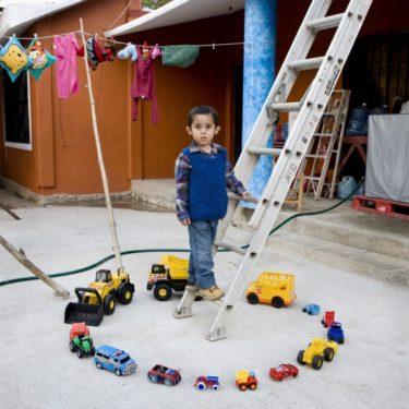 Povestea jucăriilor spusă de un fotograf: Abel - Nopaltepec, Mexico (6)