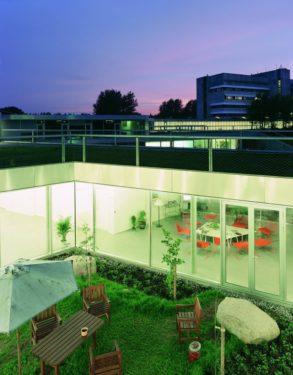 Un spital de psihiatrie ca o casă de vacanţă