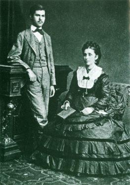 Sigmund Freud 16 ani mama Amalia 1872