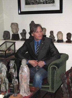 Viggo Mortensen la Freud Museum