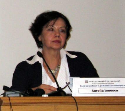 "Aurelia Ionescu: ""Cadrul analitic si realitatea psihica interna. Reconstructie in contratransfer."""