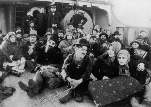 Charlie Chaplin, The Immigrant / Emigrantul, 1917