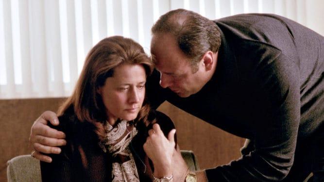 The Sopranos: Ce ai face daca ai fi violata si ai putea sa ii rostesti un nume lui Tony Soprano?