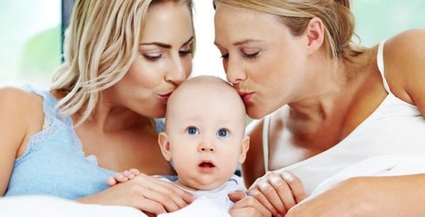 """""""Imi vreau inapoi cele doua mamici!"""": Oedipul si reproducerea artificiala"""