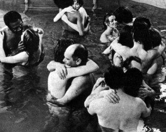 Nude Psychotherapy: Sincerităţi din alte vremuri