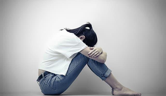 nevroza traumatica prabusire narcisica Louis Crocq