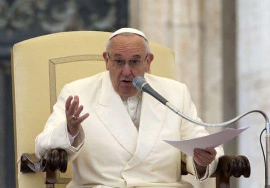 preotii nevrotici papa francisc I