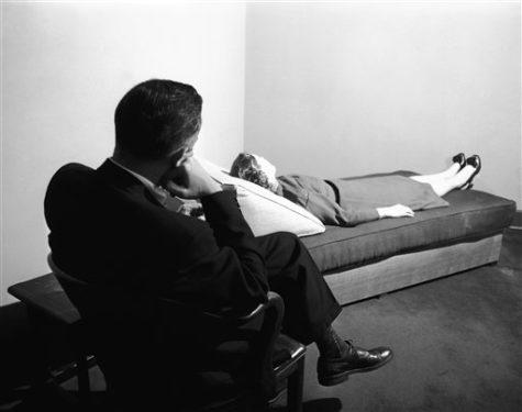"""Robert Lindner, """"Ora de 50 de minute. Cinci psihoterapii ale unor pacienți aflați în pragul nebuniei"""", Editura Trei, 2011"""