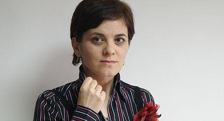 """Discursul eliberator sau despre metaforizarea terorii în """"Floarea de menghină"""" de Svetlana Cârstean: Şedinţa AIPsA din iunie"""