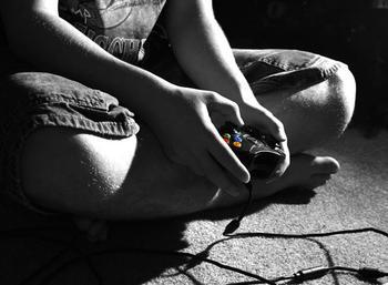 Dependenţa de jocuri video are efecte psihice grave
